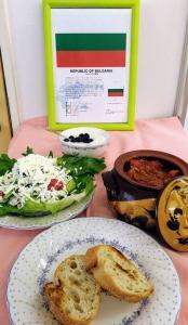 『ブルガリア料理カヴァルマ』の画像